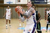 Basketball Total League Meisterschaft 2019-20 der Maenner zwischen dem Basket Esch und dem T71 Dudelingen am 11.01.2020 Alex Rodenburg (14 BE)