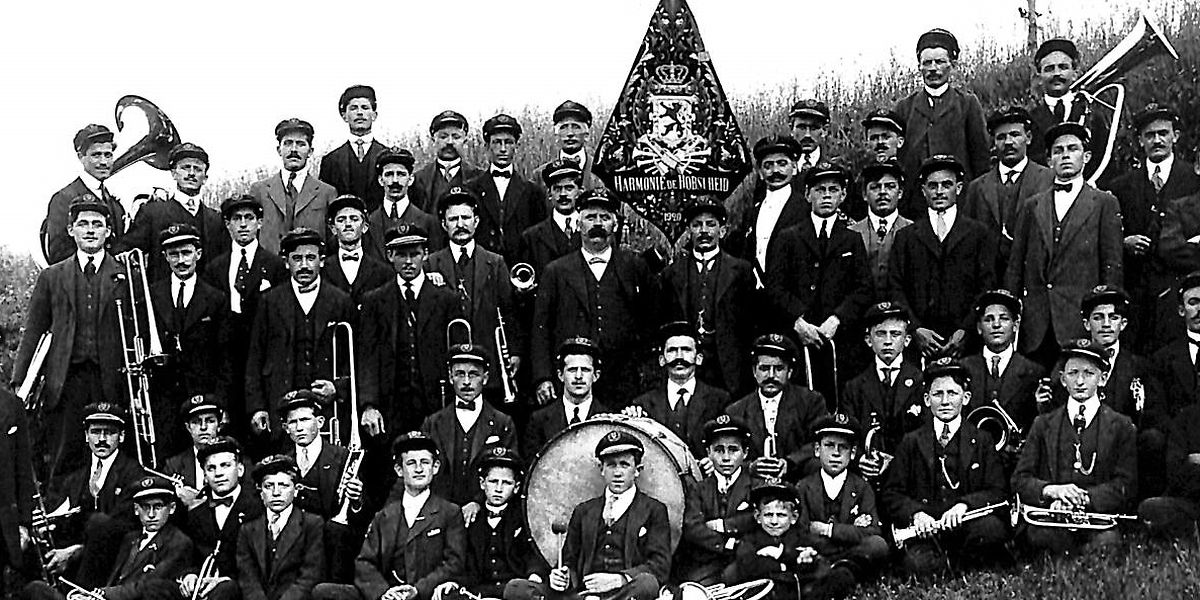 Die Harmonie Habscht 1920, ein Jahr nach ihrer Gründung.