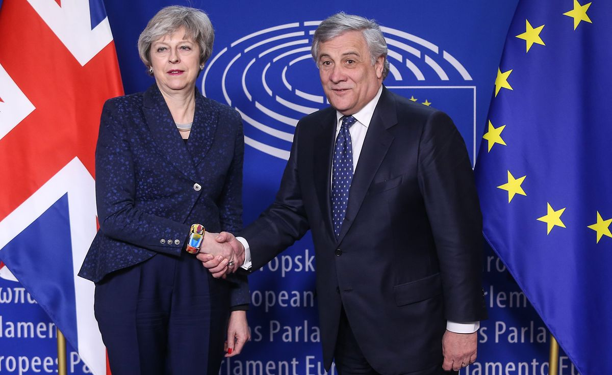 May reuniu-se com Antonio Tajani, Presidente do Parlamento Europeu.