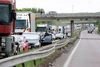 16.05.11 Lastwagenunfall ,Hettange-Grande,A31.Foto:Gerry Huberty