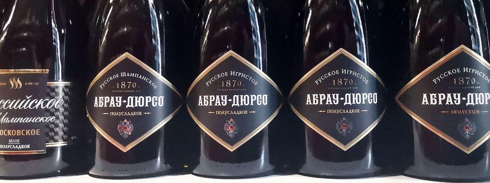 """Nastrovje! In Russland wird nur noch mit """"Schampanskoje"""" angestoßen."""