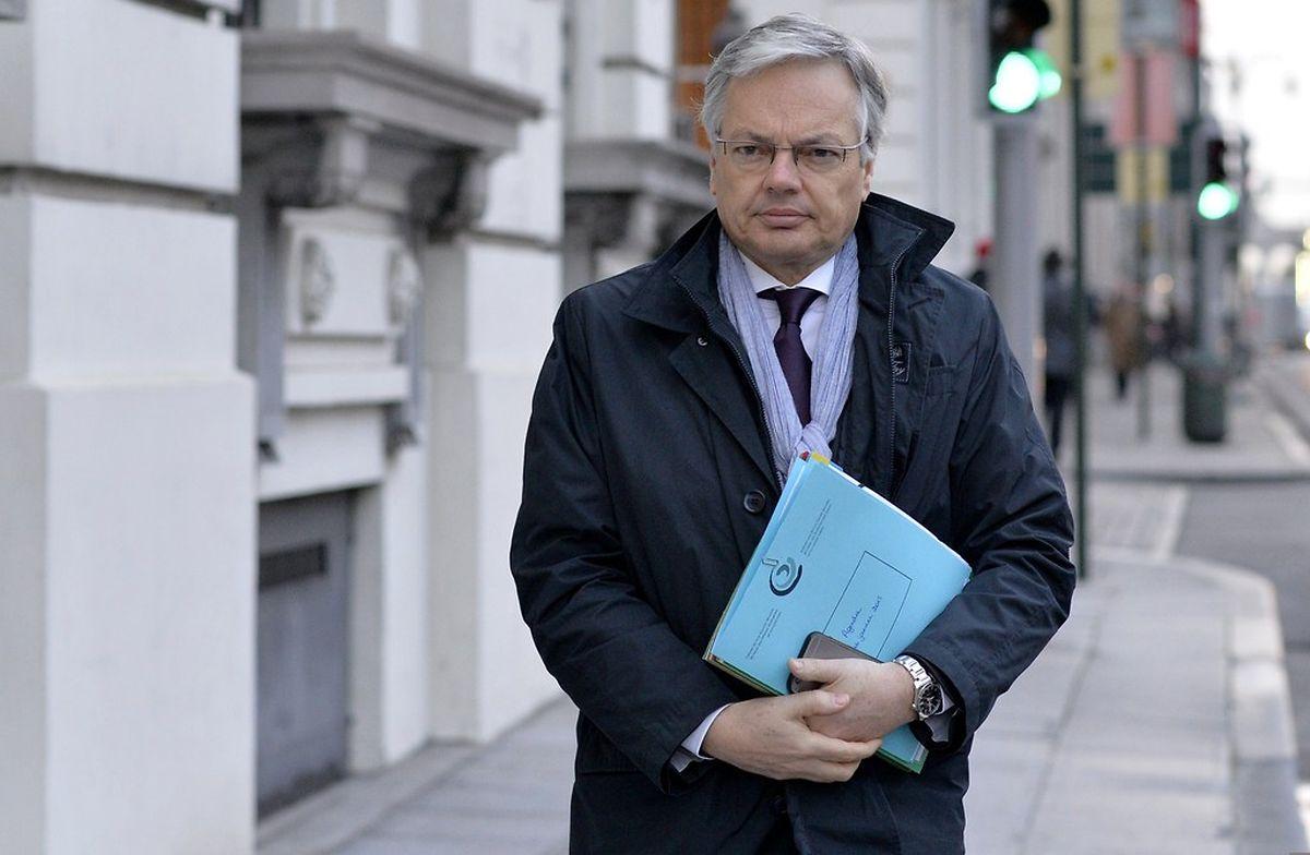 Außenminister Didier Reynders bei seiner Ankunft zur Kabinettssitzung.