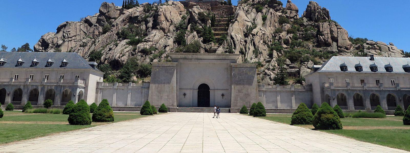 Im Valle de los Caidos (Tal der Gefallenen) befinden sich die Grabstätten des Diktators Francisco Franco.