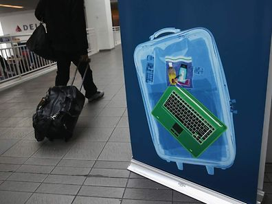Travellers with laptops and tablets on certain flights could face problems at US and UK airports