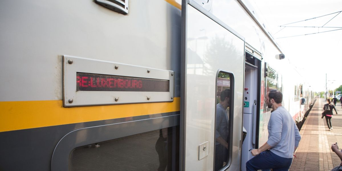Direkte Zugverbindungen Düdelingen - Luxemburg - Photo : Pierre Matgé