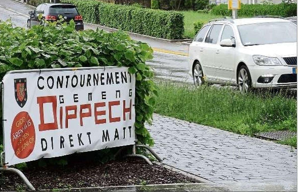 Nicht nur in Käerjeng, sondern auch in Dippach ist die Forderung, die Umgehung soll gebaut werden, nicht zu übersehen.