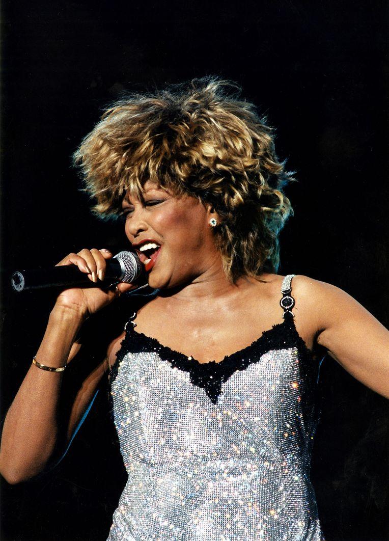 1996 in Luxemburg: Tina Turner zieht die Massen ins Stadion. Das erste große Rockkonzert des Landes war ein voller Erfolg.