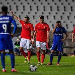 Benfica sem os lesionados Nuno Tavares e Gabriel e com Vlachodimos nos convocados