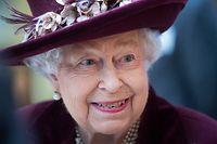 """ARCHIV - 25.02.2020, Großbritannien, London: Königin Elisabeth II. von Großbritannien. Die Queen feiert am 21.04.2020 ihren 94. Geburtstag.      (zu dpa """"Nichts als Ärger: Megxit, Andrew und Corona - die Queen wird 94"""") Foto: Victoria Jones/PA Wire/dpa +++ dpa-Bildfunk +++"""