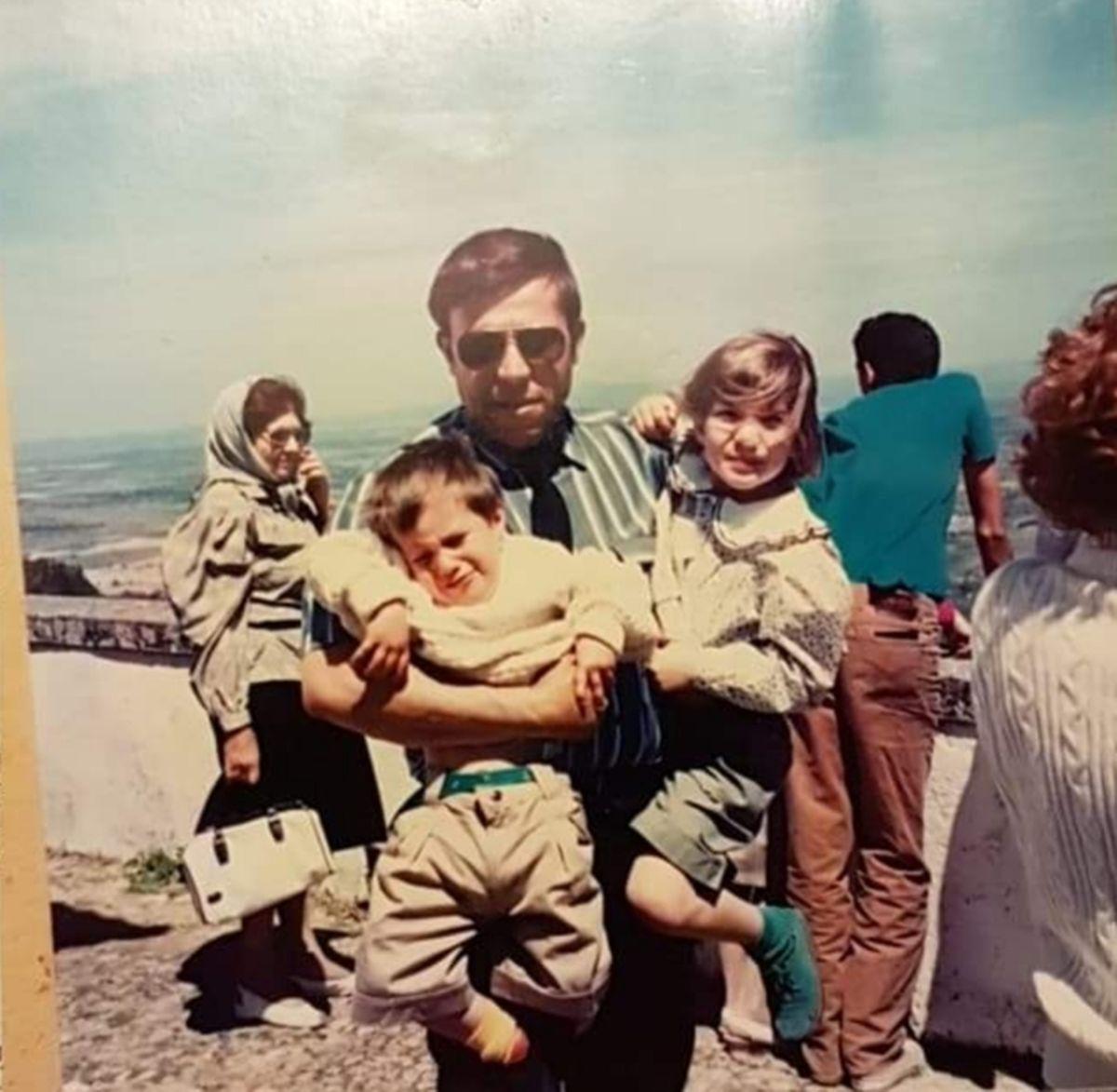Salgueiro Maia com os filhos no início dos anos 1990