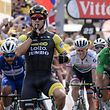 Netherlands' Dylan Groenewegen (Front L) reacts as he crosses the finish line, ahead of Colombia's Fernando Gaviria (L) and Slovakia's Peter Sagan (R) the seventh stage of the 105th edition of the Tour de France cycling race between Fougeres and Chartres, western France, on July 13, 2018. / AFP PHOTO / Philippe LOPEZ
