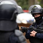Paris. Detidos os suspeitos do ataque com arma branca perto do Charlie Hebdo