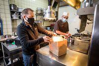 Lokales,Wie Gastronomiebetriebe und Cafés auf die Verlängerung des Lockdowns reagieren,hier:Restaurant ROMA, Inhaber Guiseppe Parrino,Foto: Gerry Huberty/Luxemburger Wort