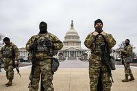 Die US Nationalgarde vor dem Kapitol in Washington am 13. Februar 2021, dem Tag der Abstimmung über das zweite Impeachment von Präsident Donald Trump.