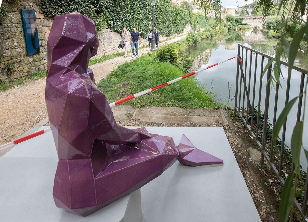 Bei der Figur handelt es sich um das Double der ersten Statue.