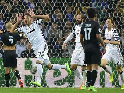 Marko Pjaca ne contient pas sa joie. A peine entré en jeu, le Croate propulse la Juventus aux avant-postes.