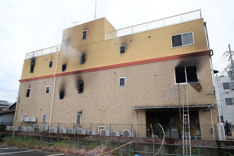 Das Gebäude brannte fast vollständig aus.