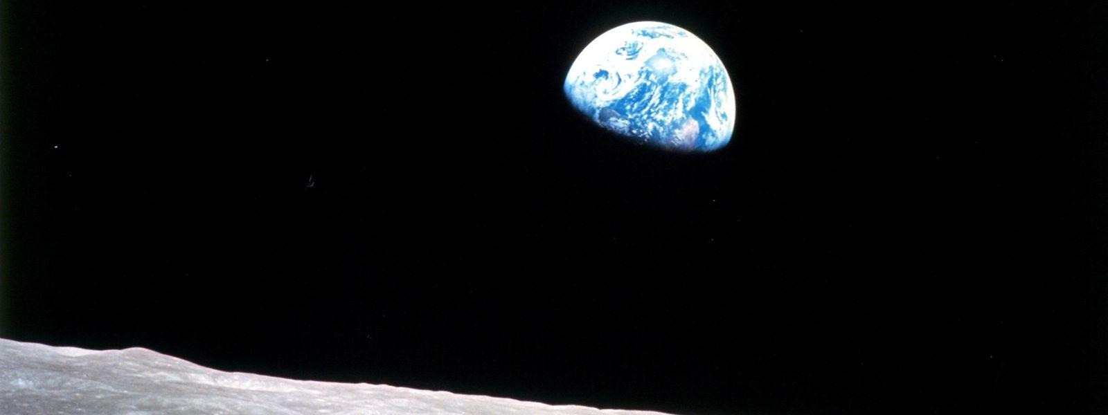 """Am 24. Dezember 1968 machten die Astronauten von Apollo 8 das berühmte Foto """"Earthrise""""."""