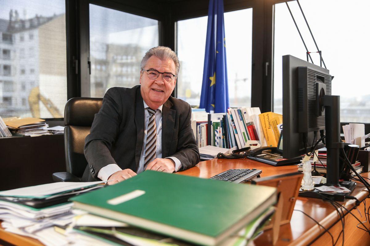Rudolf Strohmeier est le directeur de l'Office des publications depuis 2016. Il est juriste en droit économique et a été le deuxième chef de cabinet de Viviane Reding.