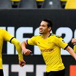 Raphael Guerreiro bisa no regresso da Bundesliga