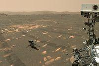 """HANDOUT - 06.04.2021, ---: Dieses Handout der US-Raumfahrtbehörde Nasa zeigt den US-Rover «Perseverance» (r) neben dem Mini-Hubschrauber «Ingenuity» auf dem Mars. Das Bild hat der Nasa-Rover geschossen. (zu dpa """"Mars-Rover «Perseverance» macht Selfie mit Hubschrauber «Ingenuity»"""") Foto: NASA/JPL-Caltech/MSSS/dpa - ACHTUNG: Nur zur redaktionellen Verwendung und nur mit vollständiger Nennung des vorstehenden Credits +++ dpa-Bildfunk +++"""