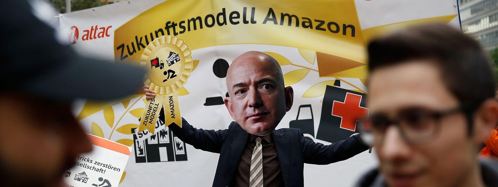 O patrão da Amazon, Jeff Bezos, tem sido alvo de protestos.