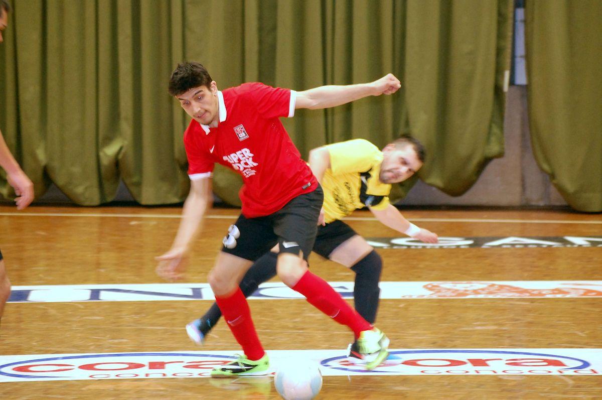 Le FC Differdange 03 d'Antonio Abreu (en rouge) a confirmé sa victoire du match aller face au FC Nordstad de Tiago Gomes