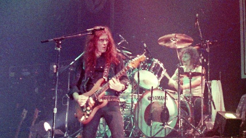 Edward Clarke: Der Gitarrist ist tot!