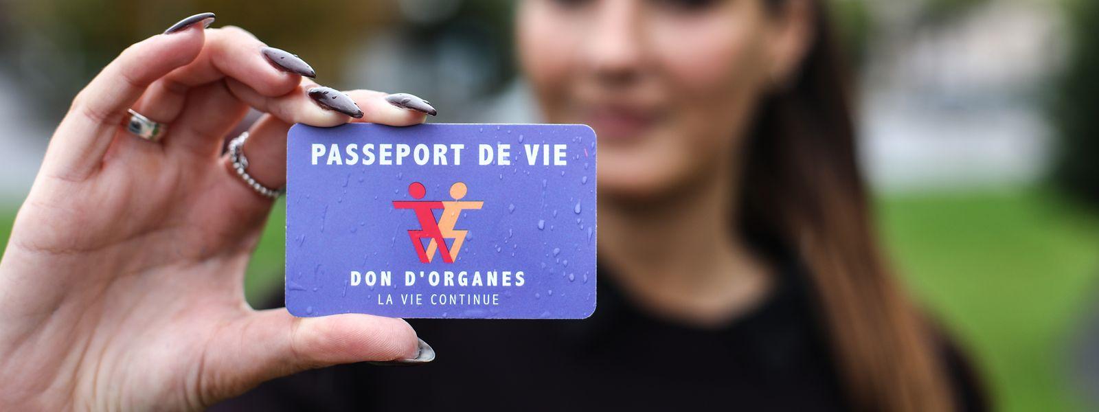 Wer einen Passeport de vie besitzt, hat sich nachweislich mit der Frage zur eigenen Organspendebereitschaft auseinandergesetzt.