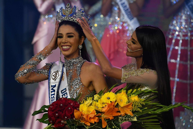 ie 19-jährige Marketingstudentin Thalia Olvino aus dem Bundesstaat Delta Amacuro wurde am Donnerstag zur Miss Venezuela gekrönt.