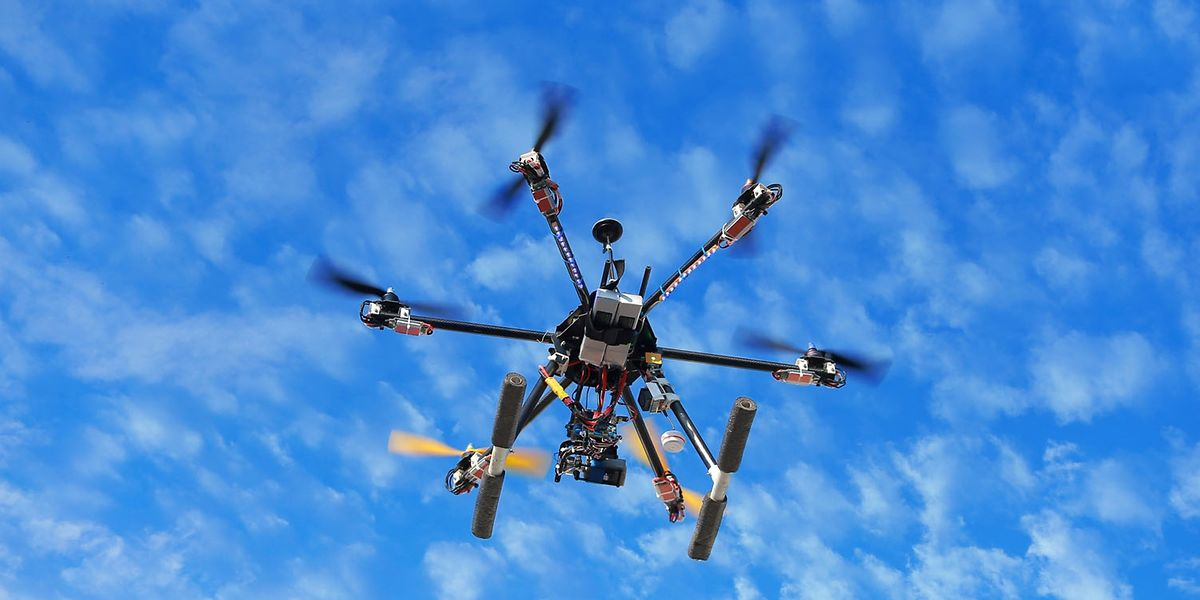 Eine Drohne bekommt man für unter 100 Euro.