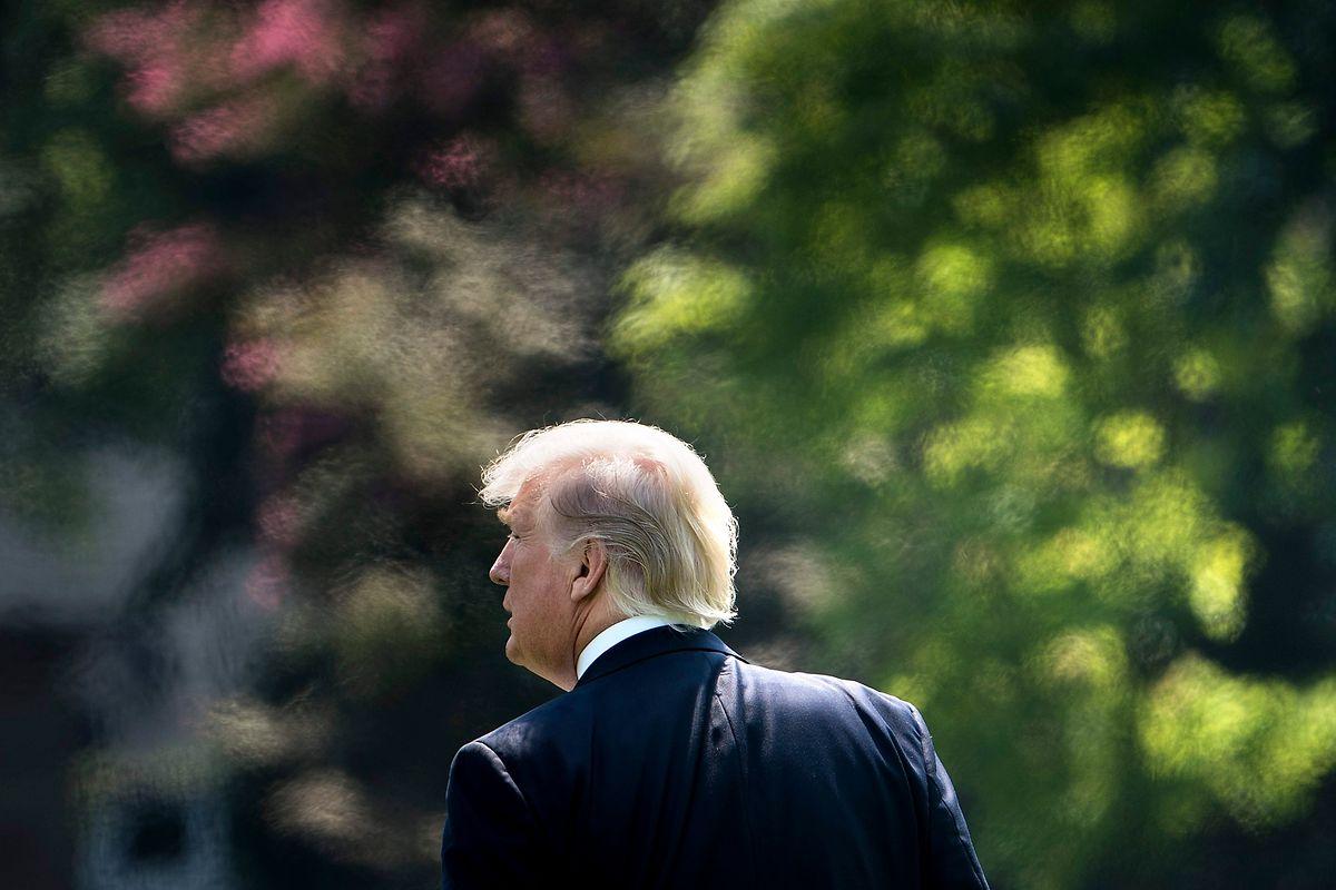Trump auf dem Weg zu seinem Hubschrauber in Washington.