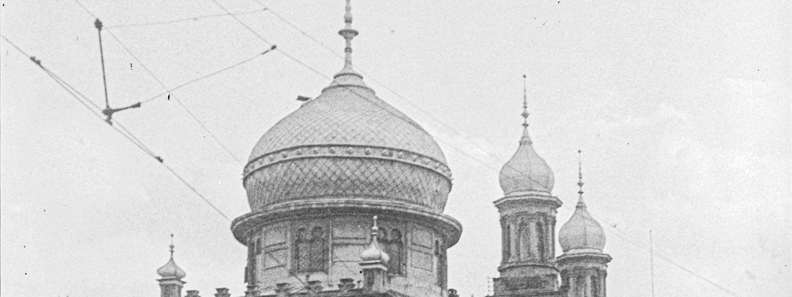 Ein aus der Vorkriegszeit stammendes Bild der Synagoge in Luxemburg Stadt in der Rue Notre-Dame. Heutzutage steht dort das Bildungsministerium.