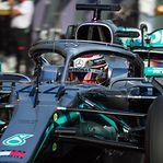 Fórmula 1. Hamilton ganha 'pole' na Austrália e iguala recorde de Schumacher e Senna