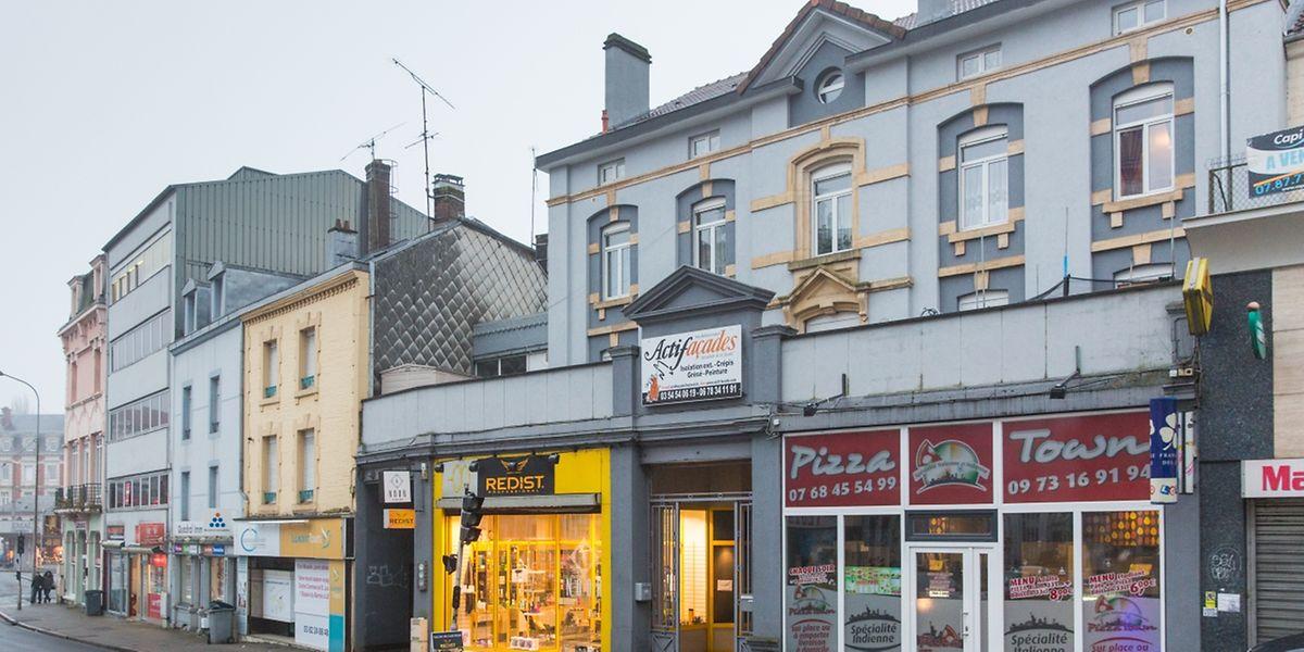 In einer Wohnung an der Rückseite eines Mehrfamilienhauses in der Rue Pierre Albert Labro in Longwy hatte die Gruppe ihr Hauptquartier eingerichtet.