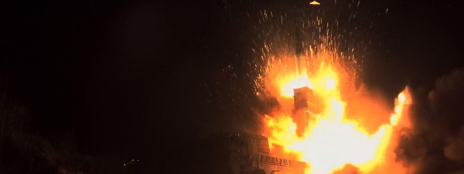 Südkorea reagierte schnell und feuerte drei Raketen ins Meer.