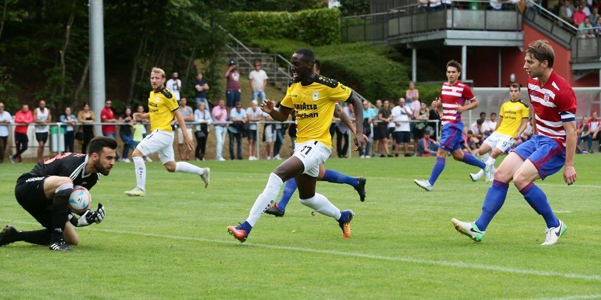 Emmanuel Cabral s'impose devant Bertino Cabral. Le portier eschois a offert la victoire aux siens dans la séance des tirs au but.
