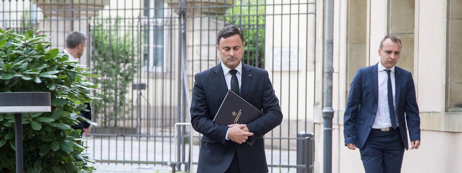 Xavier Bettel, le Premier ministre luxembourgeois, avant sa déclaration ce mardi matin suite au décès de S.A.R. le Grand-Duc Jean.