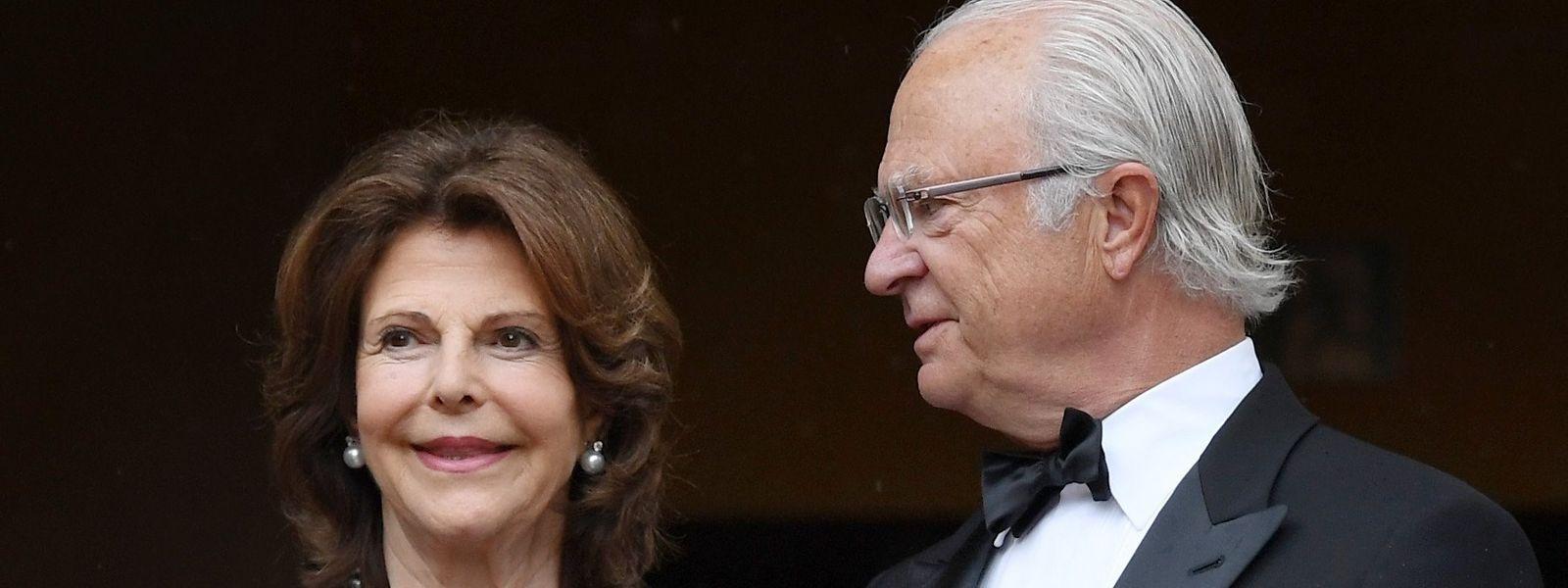 König Carl-Gustaf und seine Frau Silvia gehen schon viele Jahre gemeinsam durch Höhen und Tiefen. Am 30. April feiert der Monarch seinen 75. Geburtstag.