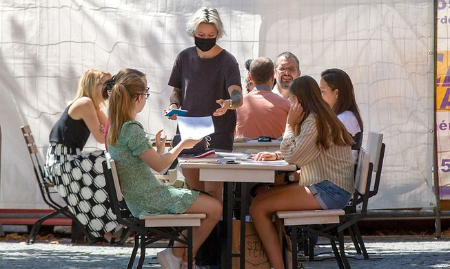From Sunday, restaurants can stay open after 2200 hrs more diners can sit together indoors, without the need to show tests