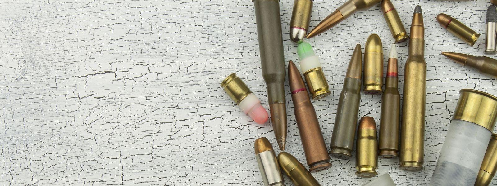 En Wallonie, la fabrication et la vente d'armes oscillent en permanence entre intérêts économiques et scrupules humanitaires.