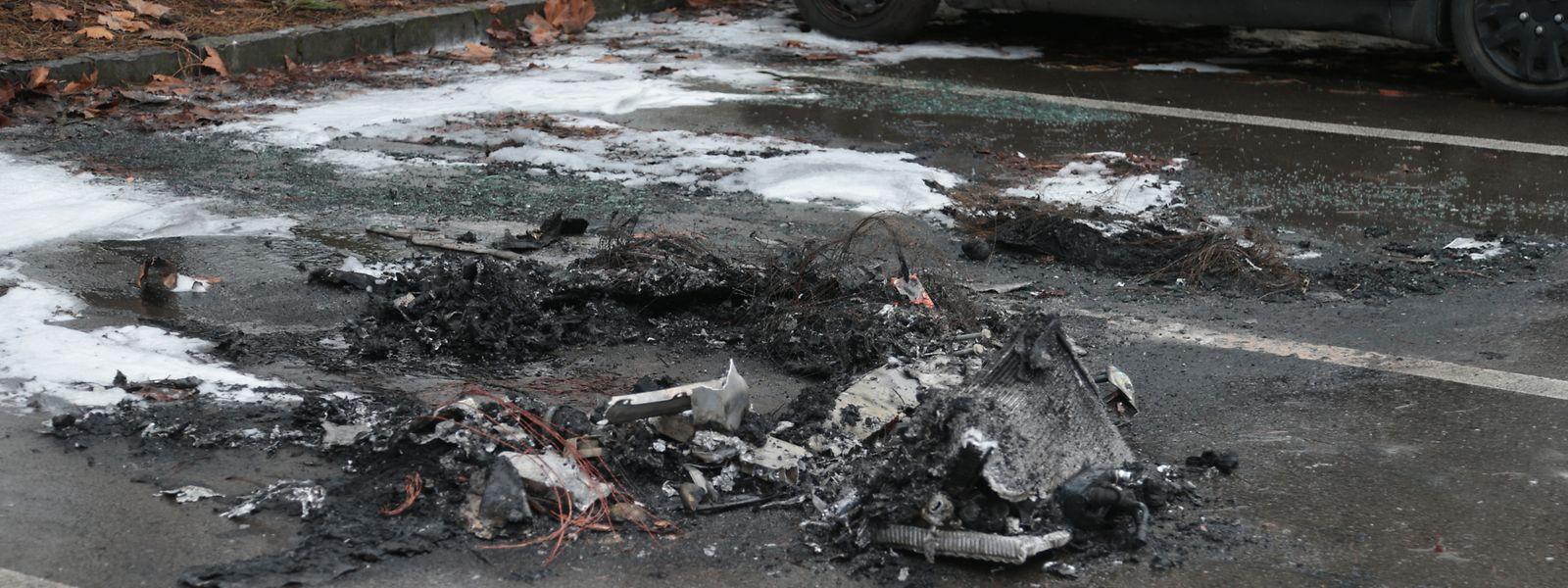 Am Samstagmorgen waren die Spuren des Brandes noch deutlich zu erkennen.