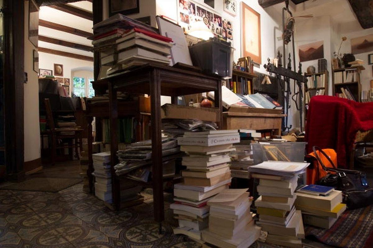 Des livres du rez-de-chaussée jusqu'au dernier coin du grenier.