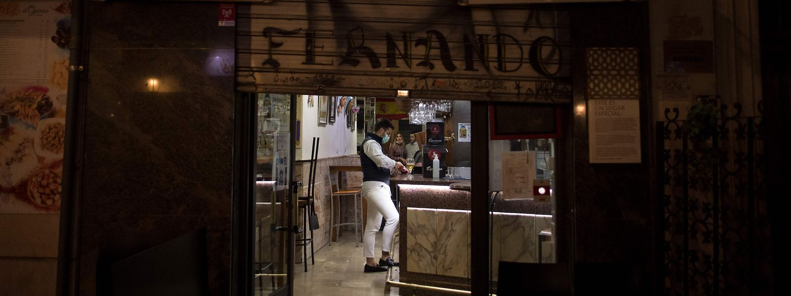 """Espanha """"está a ter perdas económicas maiores, devido também ao facto de ter sido o primeiro a voltar ao confinamento"""", disse o comissário europeu para a Economia."""