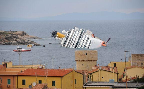 Tribunal italiano confirma pena do capitão do Costa Concordia