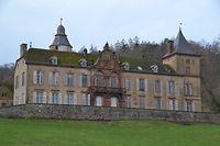 Das Schloss mit seinen Ländereien steht zum Verkauf. / Foto: Frank WEYRICH