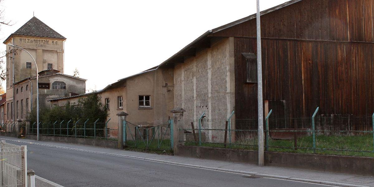 Vor zehn Jahren kaufte die Gemeinde diesen Teil der ehemaligen Schreinerei, in dem nun von privaten Investoren ein Kinokomplex eingerichtet werden soll.