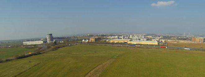 Auf dieses Areal in Kockelscheuer kommt das neue Fußballstadion hin. Die Bagger rollen 2017 an. Ende 2018, Anfang 2019 soll das Bauwerk fertiggestellt sein.