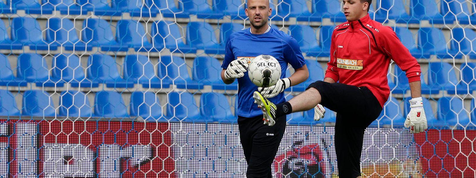 Jonathan Joubert a accompagné Anthony Moris à l'entraînement, mais c'est le gardien de Saint-Trond qui défendra les buts luxembourgeois