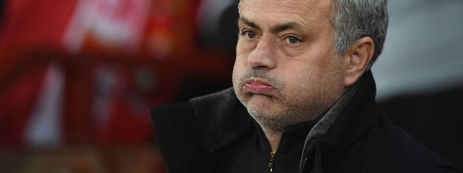 José Mourinho, seit 18. Dezember ohne Job, hat derzeit wenig Grund zum Lachen.